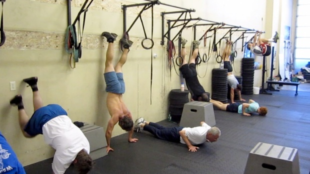 http://crossfitdivision.files.wordpress.com/2011/03/wall-climb.jpg