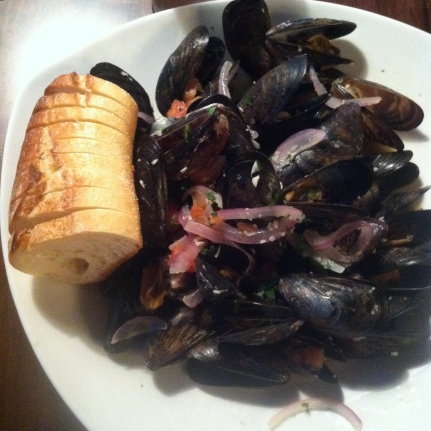 Mussels with another old friend. Not the best but it made me crave them so I'm setting out to find some great mussels in Chicago this week!